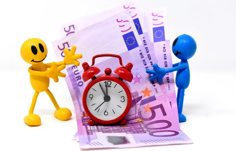 figurky a peníze