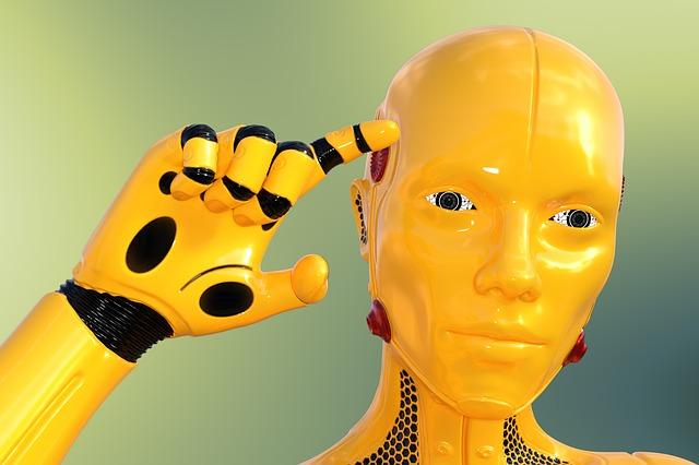 žlutý robot.jpg