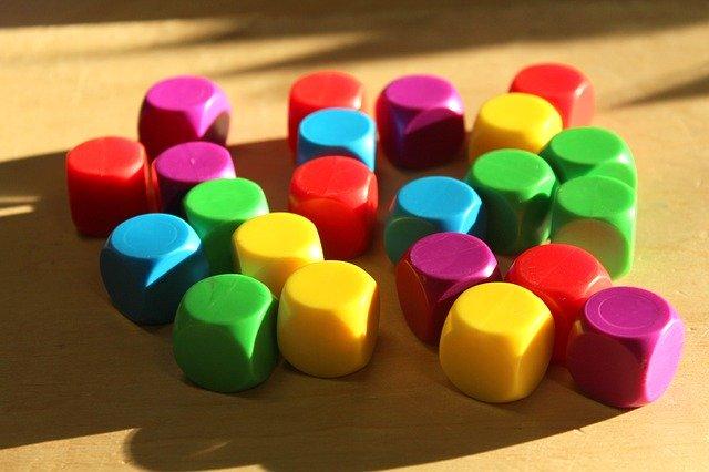 barevné kostky